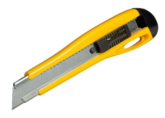 Stanley 0-10-403 nůž s odlamovací čepelí 18mm