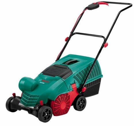 BOSCH ALR 900 provzdušňovač trávníku