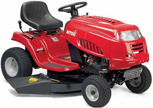 600 MTD Europe Silver Line MTD RF 125 M travní traktor s bočním výhozem